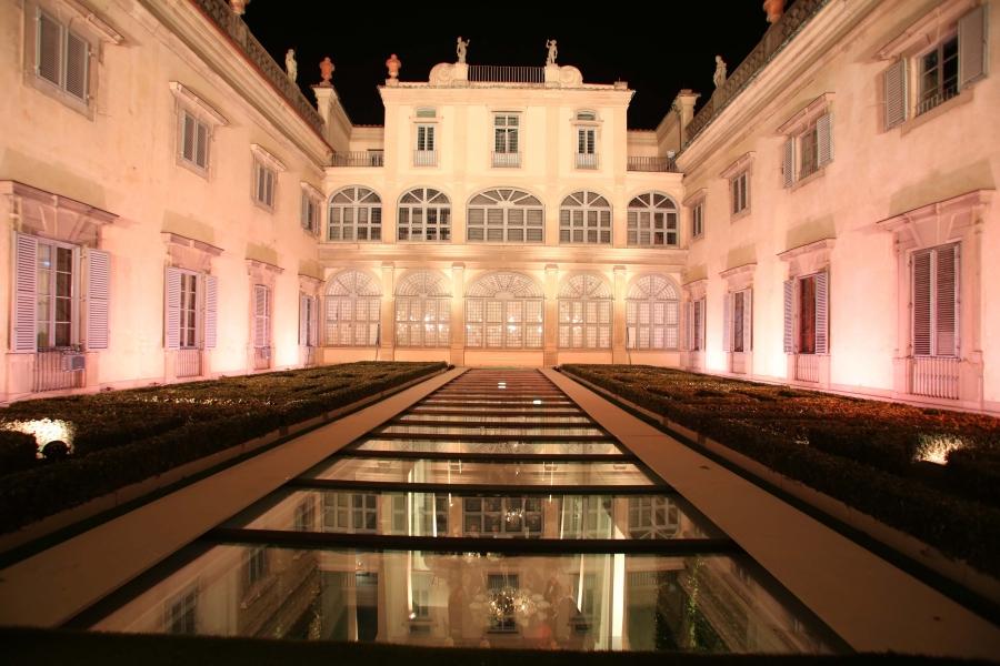 Firenze, Palazzo CORSINI, sede della BIENNALE INTERNAZIONALE DELL'ANTIQUARIATO
